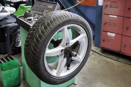 Podhuštění pneumatik